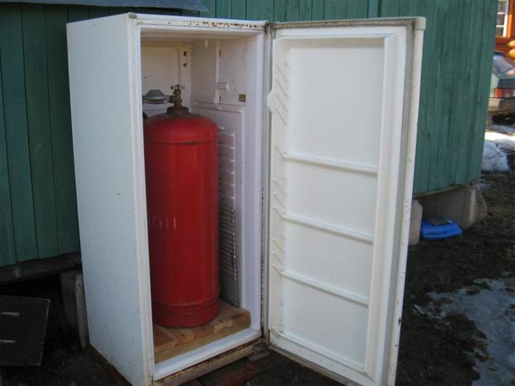 Холодильник из шкафа своими руками 843
